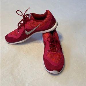 Nike Training Flex TR 6 sneakers